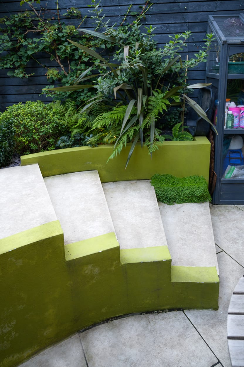Curved concrete garden steps ED293 - Botanical Garden Design Isle of Dogs