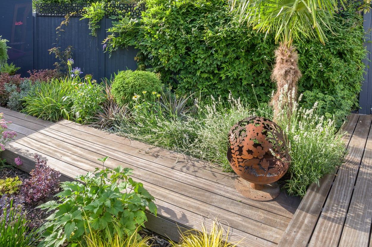 Firebowl John & Ant - Essex Urban Garden Design