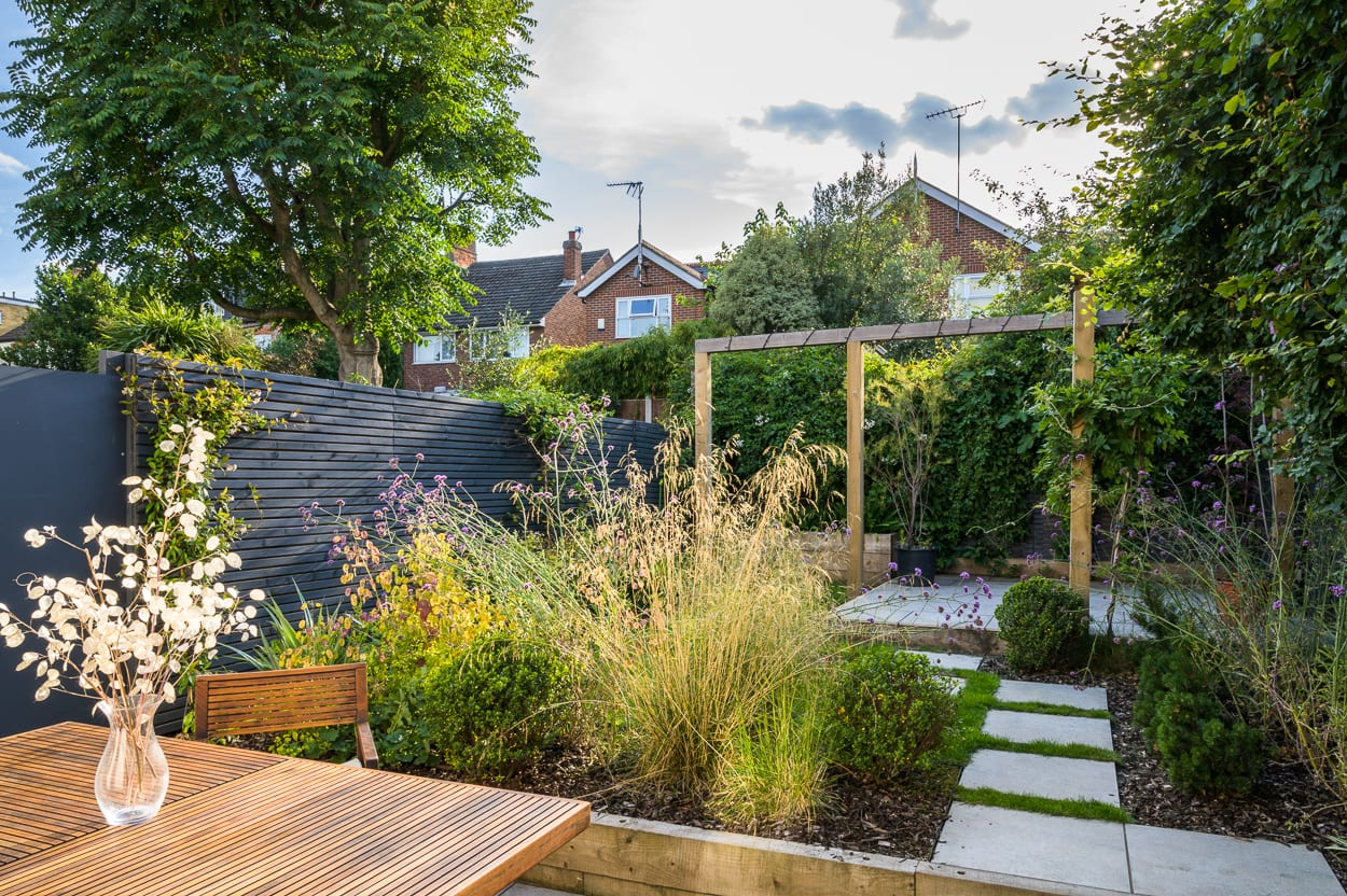 east london garden design - COVER ED287 - Stylish Woodford Garden Design