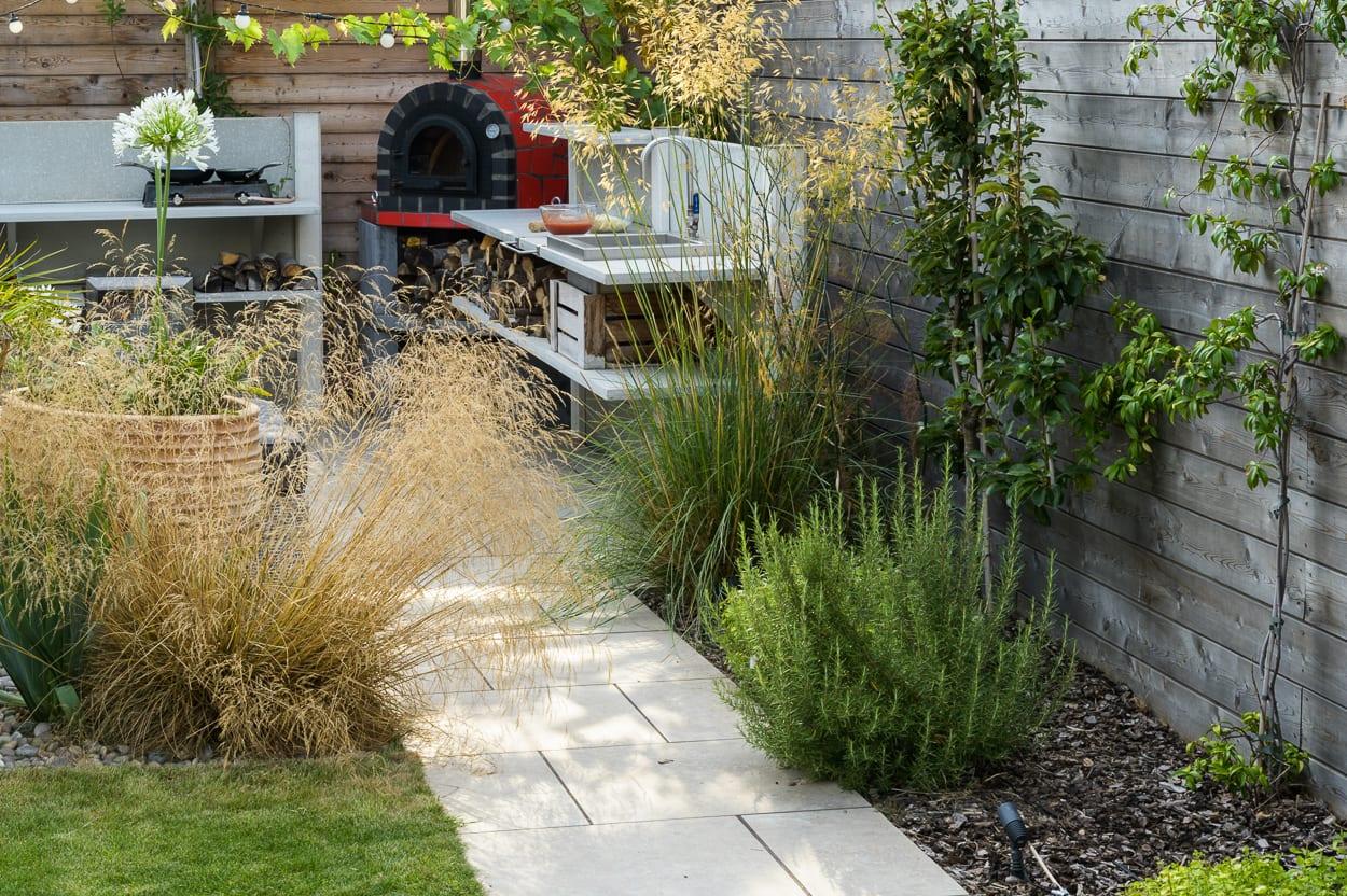 garden path ED285 - Mediterranean Kitchen Garden Design