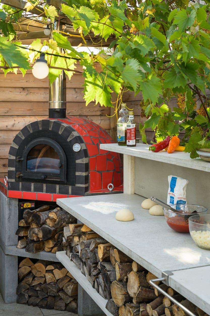 garden pizza oven ED285 - Mediterranean Kitchen Garden Design