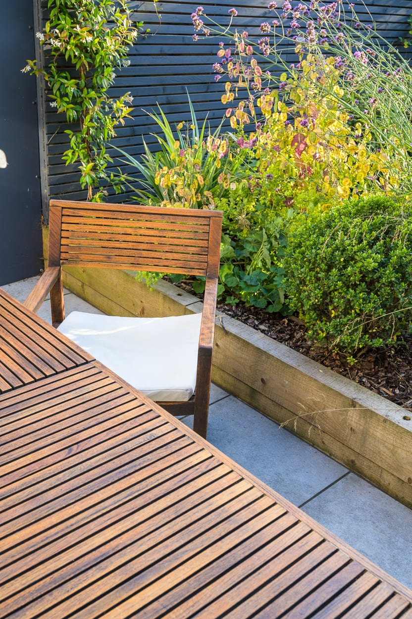garden table and chairs ED287 - Stylish Woodford Garden Design